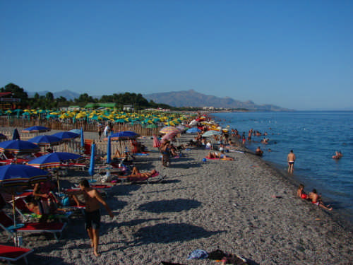 Spiaggia Fondachello di Mascali - MASCALI - inserita il