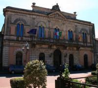 Palazzo Comunale  - Linguaglossa (1615 clic)