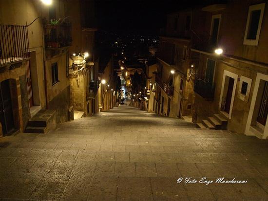 Scalinata di Caltagirone - CALTAGIRONE - inserita il 26-Nov-12