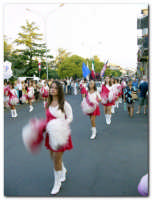 Festa dell'Etna 2003, Sfilata Gruppi Folcoristici per via Roma  - Linguaglossa (4265 clic)