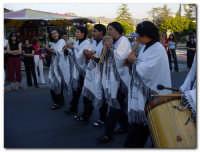 Festa dell'Etna 2003, Sfilata Gruppi Folcoristici per via Roma  - Linguaglossa (4255 clic)
