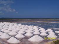 Bellissimo posto dove poter scattare stupende foto, imbarcadero per raggiungere l'isola di Mozia.  - Marsala (7582 clic)