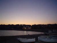 Pozzallo in un tranquillo ed incantevole tramonto d'estate....  - Pozzallo (3603 clic)