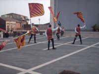 Sbandieratori e Musici Leoni Reali di Camporotondo    Etneo (CT), durante l'esibizione.  - Belpasso (1209 clic)