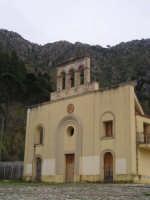 Santuario della Madonna del Romitello. All'interno del santuario esiste una cripta che risale al 400.  - Borgetto (15245 clic)
