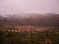 ventimiglia di sicilia e monte cane innevato  - Ventimiglia di sicilia (5632 clic)
