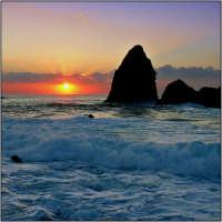Mare agitato  - Aci trezza (2115 clic)
