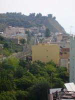Panorama della zona nord del centro termale con la collina di Mollerino e Capo Alì di sfondo  - Alì terme (6633 clic)