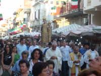 Festa Madonna Del Carmelo 2007 - La processione nella via Regina Margherita, la via principale del paese  - Santa teresa di riva (9528 clic)