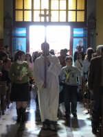 Domenica delle palme 2007. La processione fa ingresso in chiesa.  - Alì terme (4318 clic)