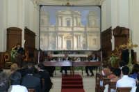 Inaugurazione Cattedrale di Noto. 18 giugno 2007. L'arch. Tringali in conferenza.  - Noto (2026 clic)