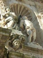 Chiesa di San Sebastiano, portale d'ingresso - particolare   - Ferla (1464 clic)