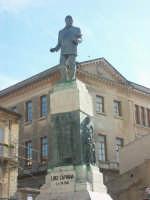 Monumento a Luigi Capuana  - Mineo (3963 clic)