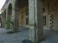 Chiostro ex Collegio dei Padri Gesuiti  - Mineo (5193 clic)