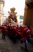 Venerdì Santo a Vizzini: processione dell'Addolorata   - Vizzini (7123 clic)