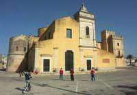 Chiesa di San Vincenzo e Castello Biscari  - Acate (4663 clic)