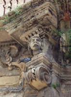 Palazzo Mugnos - particolare  - Licodia eubea (3570 clic)