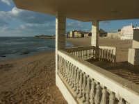 Luoghi del Commissario Montalbano: Punta Secca - La spiaggia vista dalla veranda di casa Montalbano  - Santa croce camerina (19216 clic)