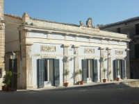 Luoghi del Commissario Montalbano: Ragusa Ibla - Circolo di conversazione  - Ragusa (3293 clic)