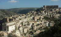 Luoghi del Commissario Montalbano: Veduta di Ragusa Ibla  - Ragusa (3141 clic)