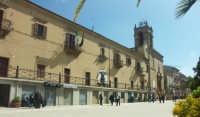Convento dei Padri Carmelitani oggi sede comunale  - Mazzarino (2891 clic)