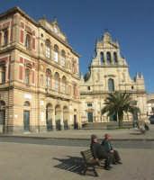 Palazzo Comunale e Chiesa Madre  - Grammichele (3296 clic)