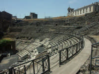Teatro greco e poi romano  - Catania (3117 clic)