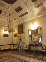 Santacroce Camerina - Un salone di palazzo Vitale Ciarcià  - Santa croce camerina (3309 clic)