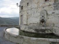 Antica fontana   - Monterosso almo (1895 clic)