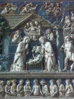 Militello - S. Maria della Stella - Natività di Gesù (terracotta invetriata)- Andrea della Robbia   - Militello in val di catania (7147 clic)