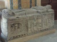 Militello - S. Maria della Stella - Sarcofago del Principe Branciforti  - Militello in val di catania (3756 clic)
