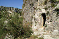 Cava Ispica lato sud, grotta di Sant'Ilarione  - Ispica (3328 clic)