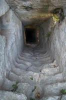 Parco Forza, Centoscale. Permetteva in tempo di pericolo il rifornimento idrico senza uscire nel castello  - Ispica (2901 clic)