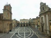 La Piazza principale  - Niscemi (7539 clic)