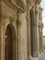 Chiesa Madre S. Antonio Abate, portali d'ingresso  - Francofonte (3943 clic)