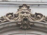 Mascherone di casa in stile tardobarocco  - Francofonte (8017 clic)