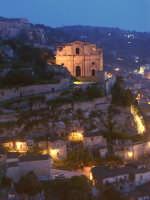 San Matteo di notte  - Scicli (1503 clic)