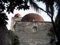 nella suggestiva cornice di San Giovanni agli eremiti ritroviamo la Palermo araba.  - Palermo (4196 clic)