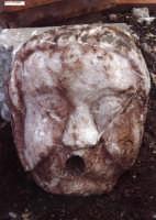 fontana eseguita su pietra di taormina  - Santa teresa di riva (4911 clic)