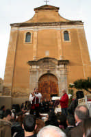 19 Marzo - Festa di San Giuseppe,asta per la vendita dei prodotti dolciari, donati in onore del Santo, alla chiesa di San Giuseppe.  - Niscemi (8501 clic)