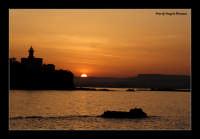 Tramonto nel porto grande di Siracusa - zona Isola   - Siracusa (4512 clic)