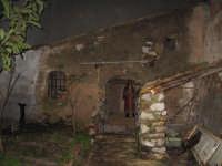 Stalla natività. NATALE 2007 - Pastorale a Castelmola con vari presepi caratteristici per le vie del paese.    - Castelmola (11458 clic)