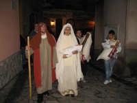 Rappresentazione natività. NATALE 2007 - Pastorale a Castelmola con vari presepi caratteristici per le vie del paese.    - Castelmola (2540 clic)