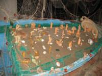 Presepe 'a lampara NATALE 2007 - Pastorale a Castelmola con vari presepi caratteristici per le vie del paese.   - Castelmola (2479 clic)