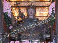 La bellissima S.Agata, giorno 4 febbraio 2008 all'ingresso della Cattedrale S.Agata La Vetere..emozionantissimo. Foto Valdina Calzona  - Catania (1126 clic)
