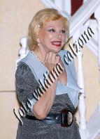 Sandra Milo durante la commedia teatrale: 8 donne e un mistero-Agosto 2007  - Zafferana etnea (2575 clic)