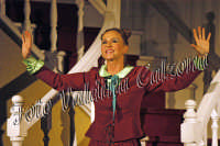 Eva Robin's durante la commedia teatrale: 8 donne e un mistero-Agosto 2007  - Zafferana etnea (2507 clic)