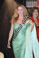 Eva Robin's durante la commedia teatrale: 8 donne e un mistero-Agosto 2007  - Zafferana etnea (2718 clic)
