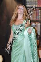 Eva Robin's durante la commedia teatrale: 8 donne e un mistero-Agosto 2007  - Zafferana etnea (3685 clic)