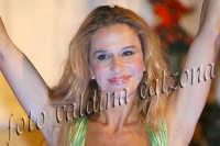 Eva Robin's durante la commedia teatrale: 8 donne e un mistero-Agosto 2007  - Zafferana etnea (2789 clic)